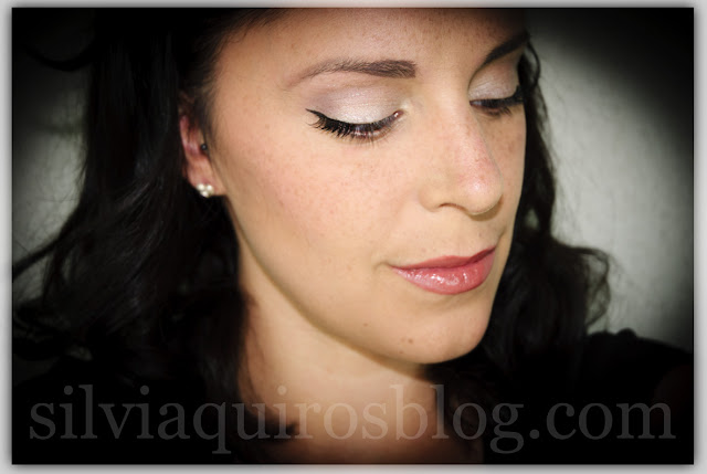 Embellece como Angelina Jolie embellish makeup Silvia Quiros SQ Beauty