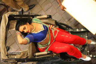 Swetha-Menon-Stills-in-Kalimannu-Movie