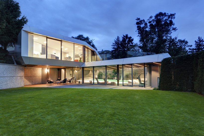 Ultra Modern House By Architektisk Slovakia
