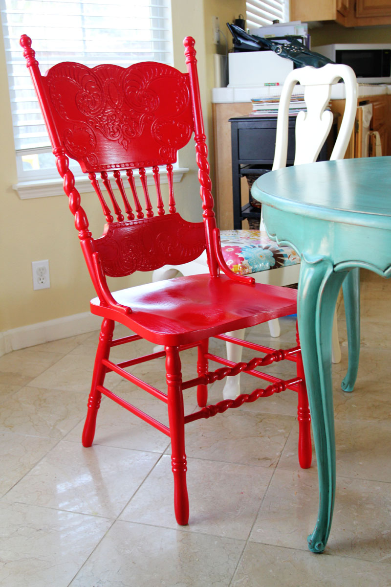 the sassy pepper red hot chair