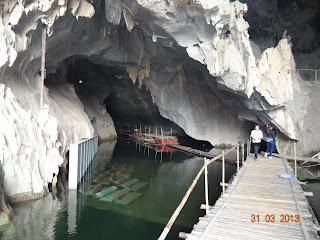 belle grotte et beau temple de Thac Bo