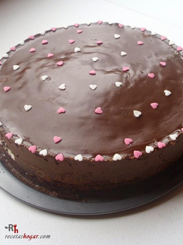 Tarta de chocolate, nata y granadina - Portada - 2