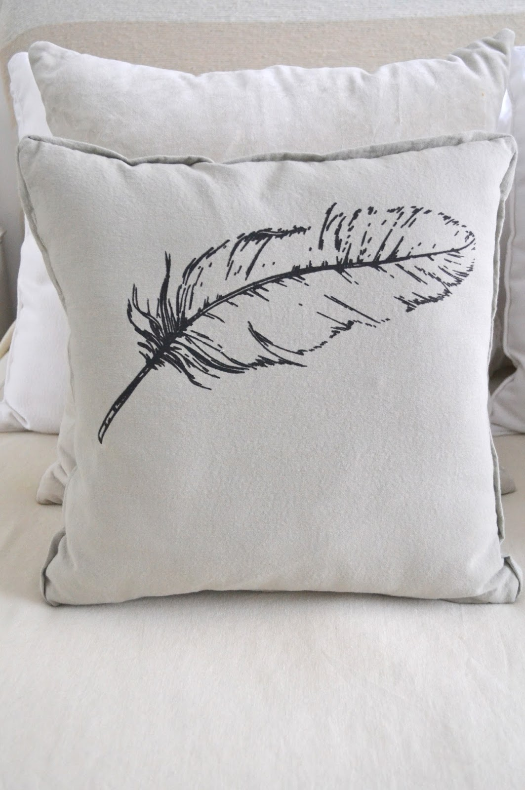 alma deco buenos aires almohadones nuevos en alma deco. Black Bedroom Furniture Sets. Home Design Ideas