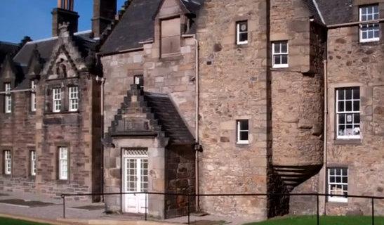 Tour scotland photographs 2013 09 22 for Classic house edinburgh