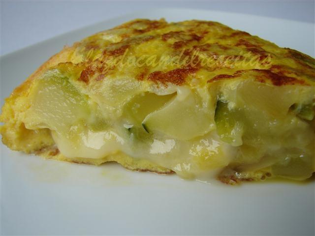 Luz do cand l tortilla de calabac n y queso - Tortilla de calabacin y cebolla ...
