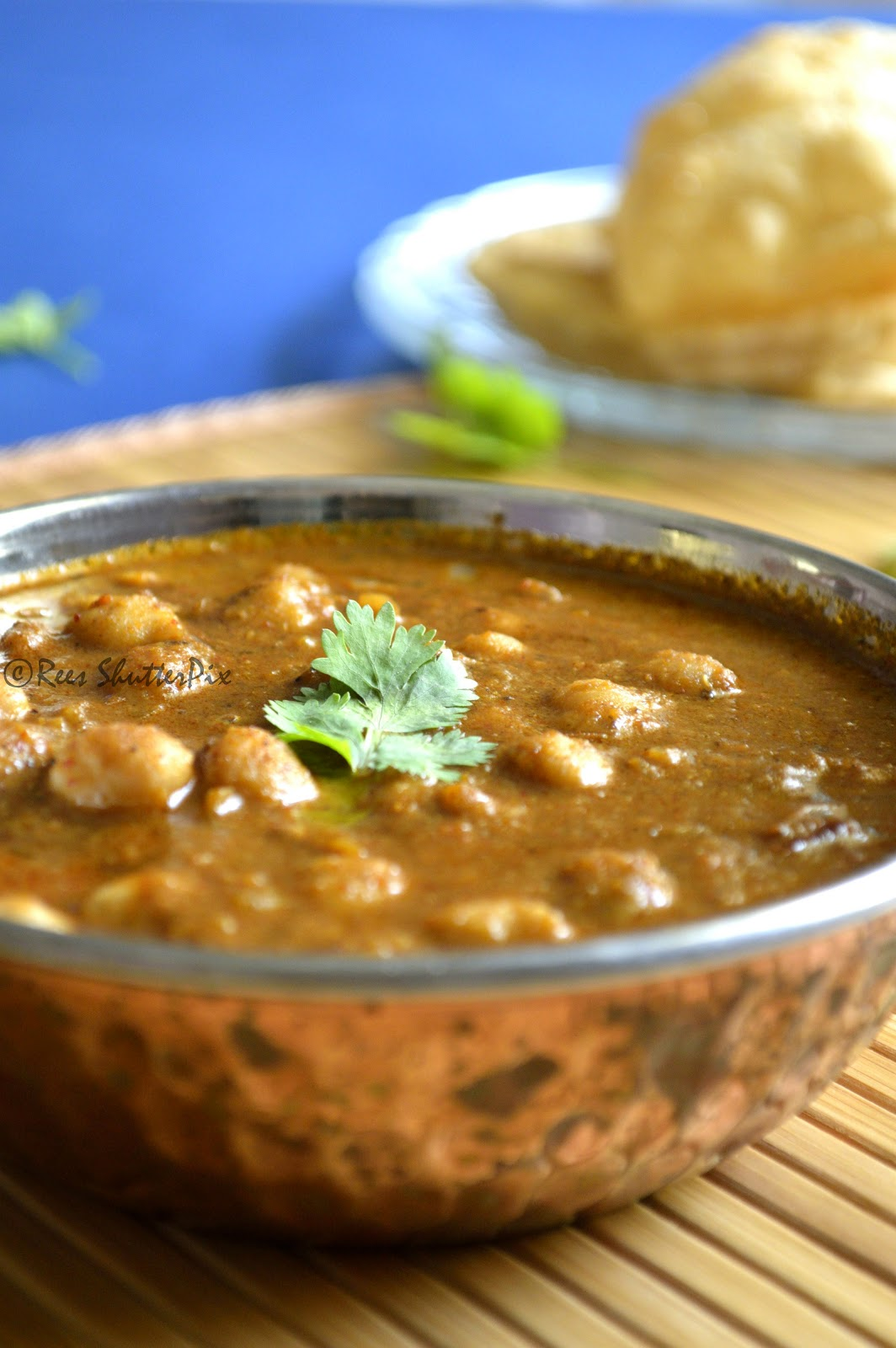 chana masala, Chickpeas Recipes, Side dish Recipes, chole masala, easy chana masala recipe for poori, chola poori masala, step by step picture recipe for chana masala, kids special recipes, Breakfast Recipes,