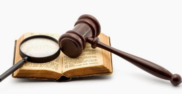 Leyes y Derecho Constitucional