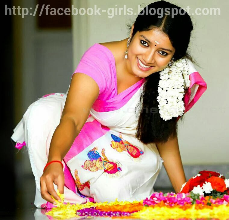 FACEBOOK GIRLS: Tamil Beautyful homely girl from thambaram with cute