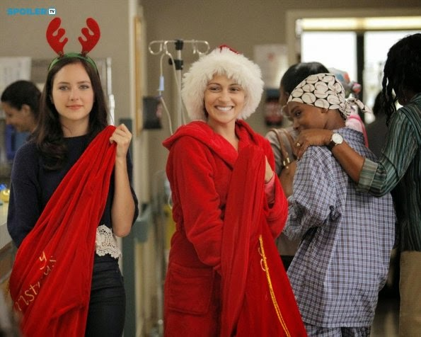 Chasing Life - Italia Ricci Previews Christmas Episode