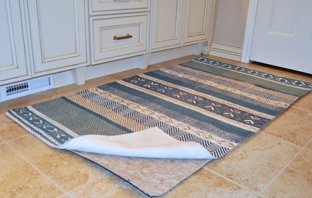 rug, green, made in usa, usa, natrual fiber, non toxic, jute rug ,aztec rug, anthropology rug, west elm, west elm rug, rug pad, rug pad review, rug, blue, tan, bathroom, master bathroom, master, white cabinet, glazed cabinet, cream cabinet, mosaic tile, square mosaic, mosaic tile behind mirror, bathroom, rose bronze, bronze hardware, antique, glaze, lighting, sink, granite, beautiful, design, interior design, tile, interiors, review,