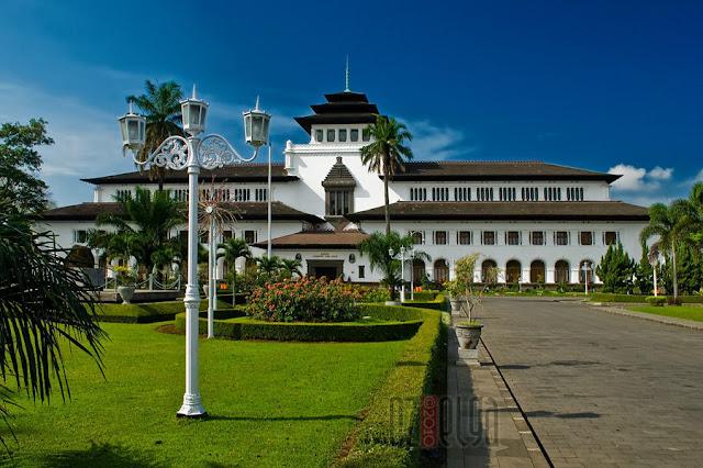 Paket Wisata Bandung Dari Samarinda