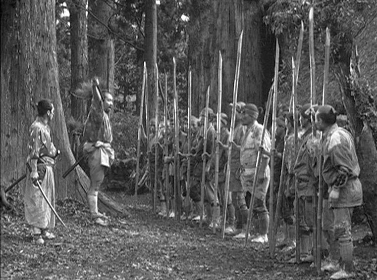 http://2.bp.blogspot.com/-oJzuEuMvWAw/UkP72L-EJbI/AAAAAAAAEYc/AZAhG2COYgM/s1600/Seven+Samurai+15.jpg