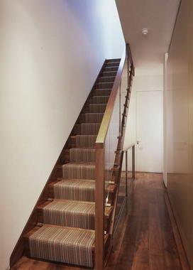 diferentes tipos de escaleras cocinas modernass