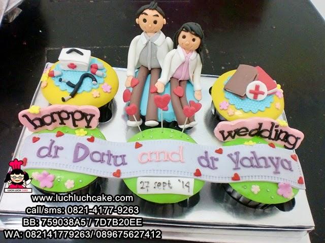 Cupcake Wedding Tema Dokter Daerah Surabaya - Sidoarjo