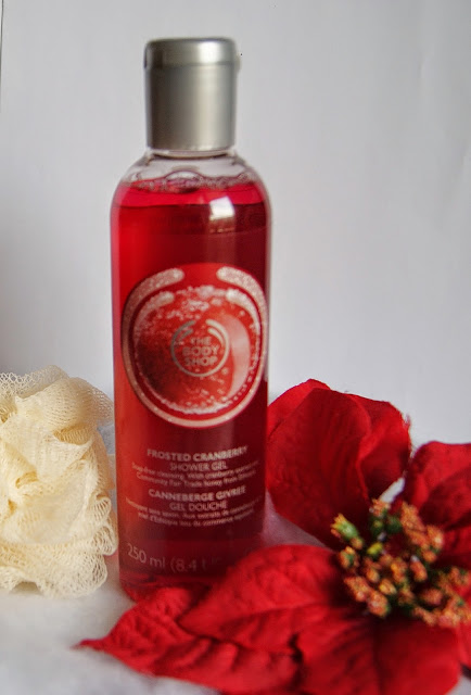 Frosted Cranberry Shower Gel The Body Shop, beauty, skincare, wash, lotion, scrub, christmas, ideas, shopping, toronto, ontario, canada, the purple scarf, melanie.ps