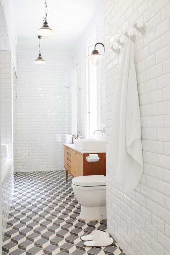 5 long bathroom ideas | Linda Bergroth