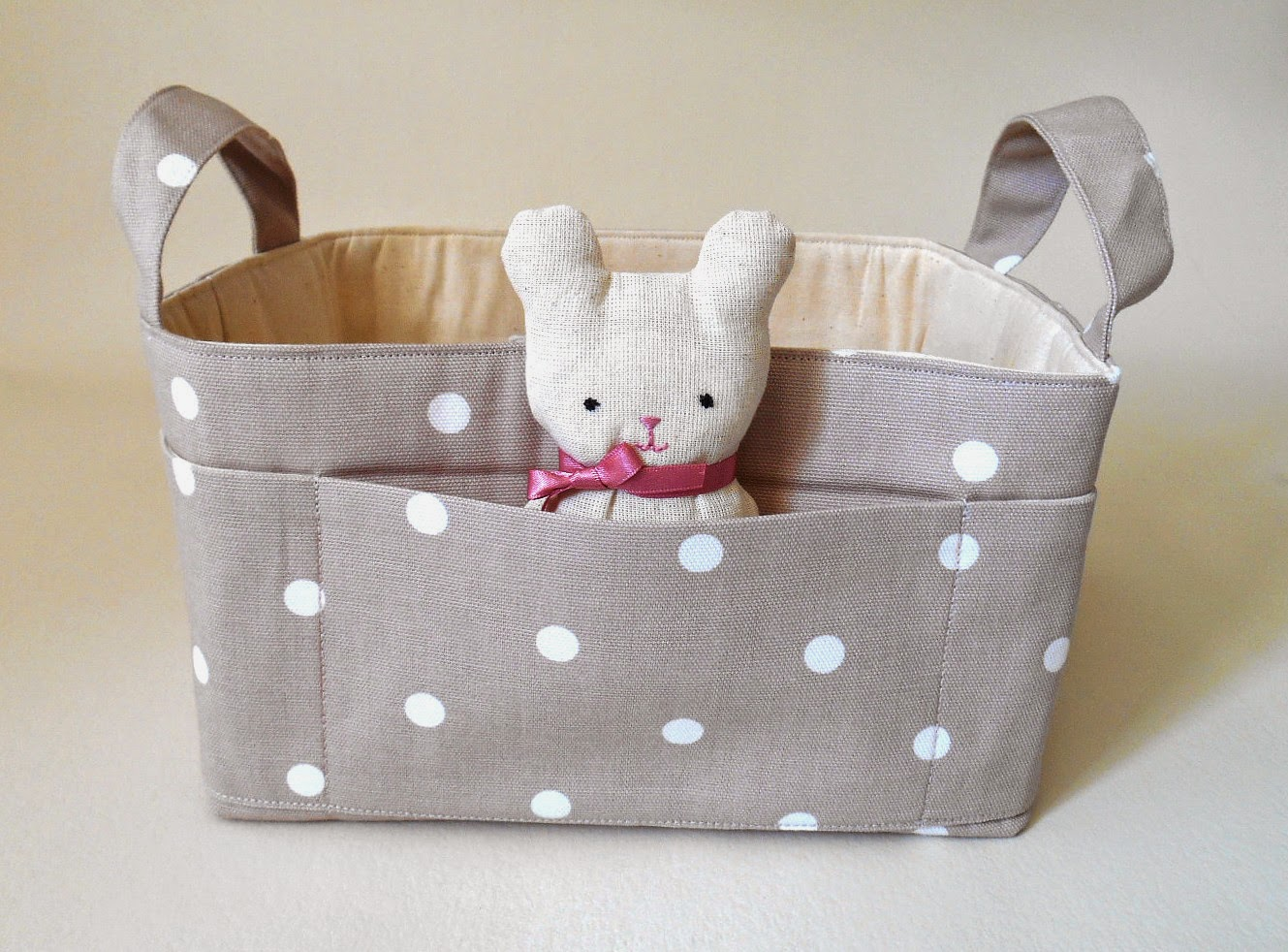Dotty fabric Basket in taupe with Teddy
