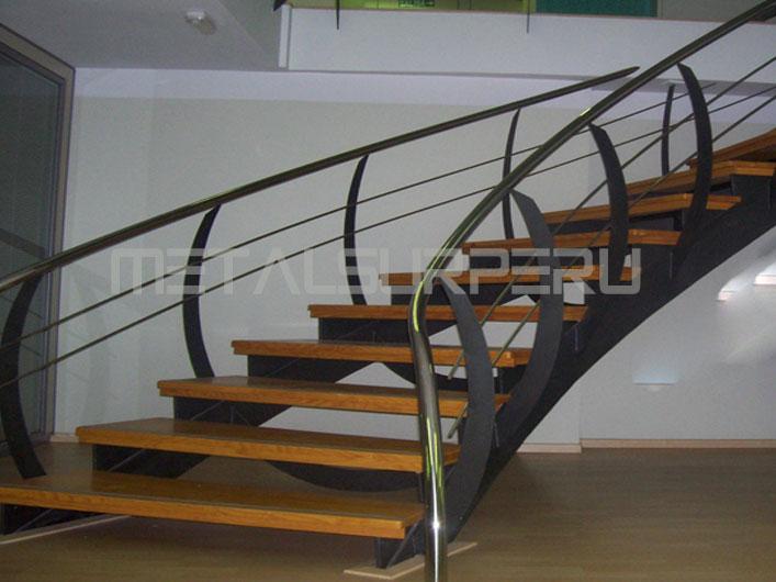 Escaleras de metal metalsur peru - Escaleras metalicas plegables ...