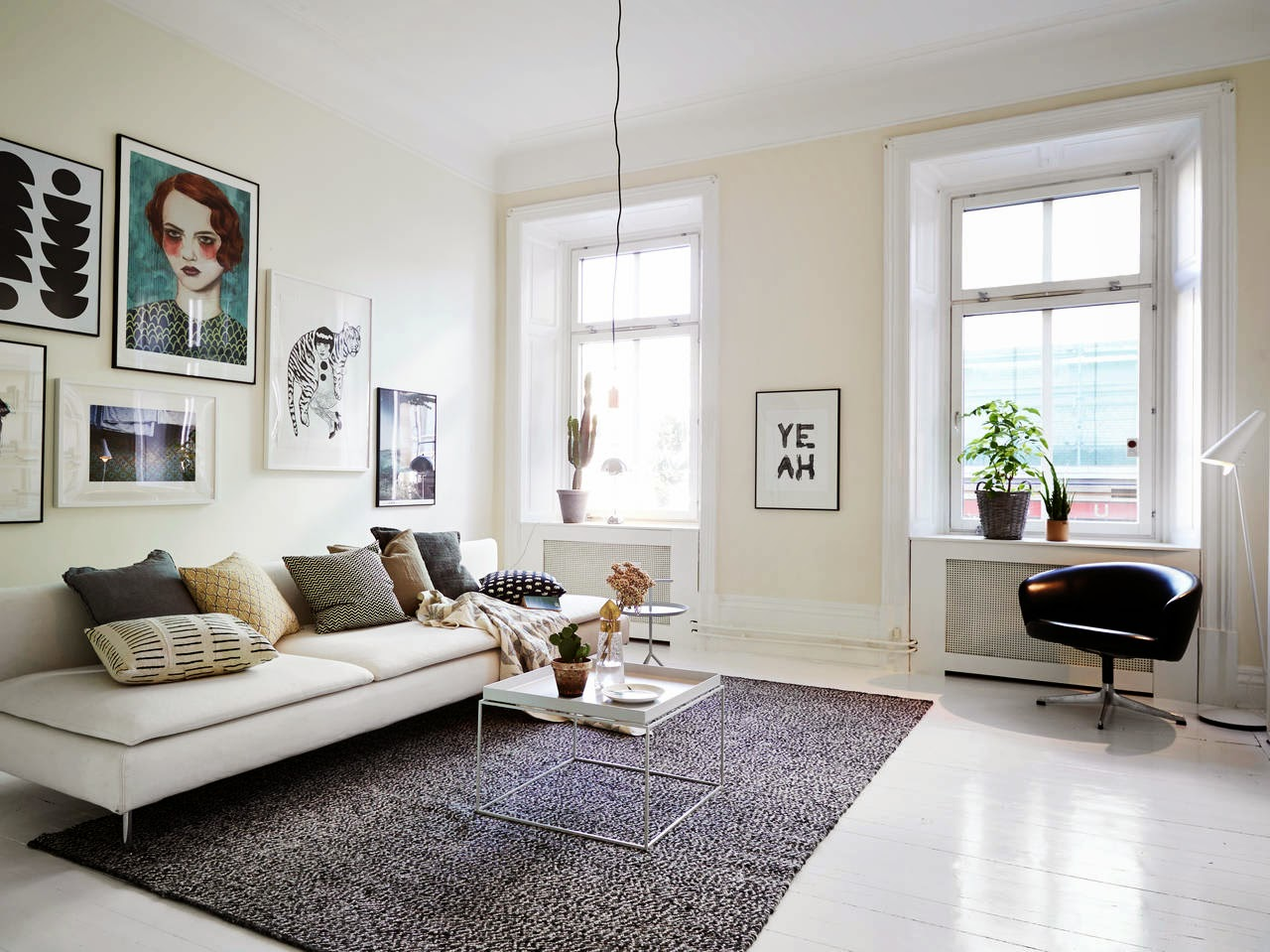 My scandinavian home white swedish apartment with great art for Arredamento nordico on line