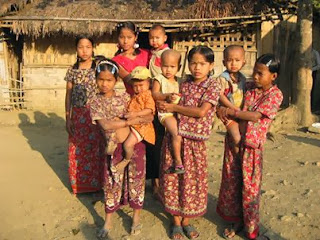 marma culture The marmas are fair complexioned and nose is slightly flat they show  similarities with the burmese they also belong to the mongoloid the material  culture of.