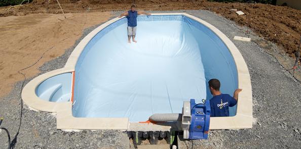 brucker swimmingpool pool poolbau whirlpool desjoyaux poolbau. Black Bedroom Furniture Sets. Home Design Ideas