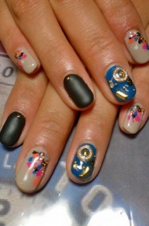 Glam-Chic-Fall-2012-Nail-Art-Designs-8