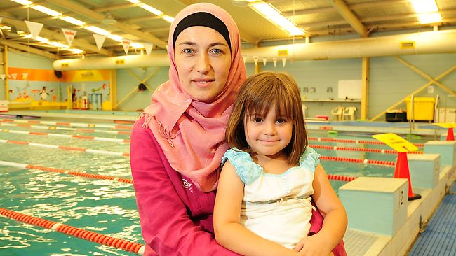 Swimming wimswim women only swimming for Female only swimming pool london