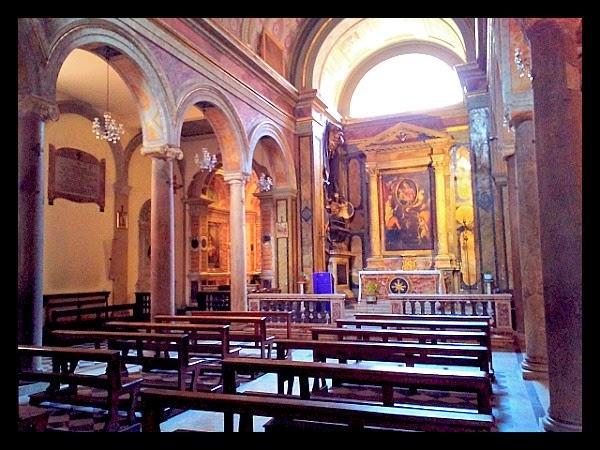 Wnętrze kościoła S. Maria in Monterone w Rzymie