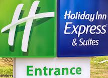 Holiday Inn Express Sign