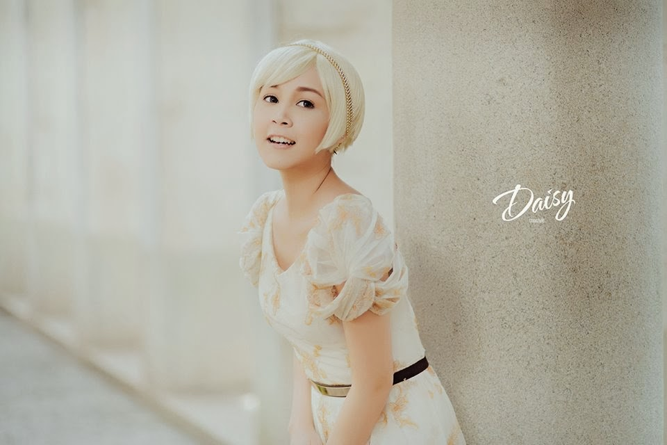 Nan Thuzar - Daisy