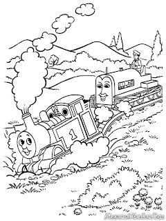 Kereta Thomas Terperosok Hingga Masuk Kedalam Lubang