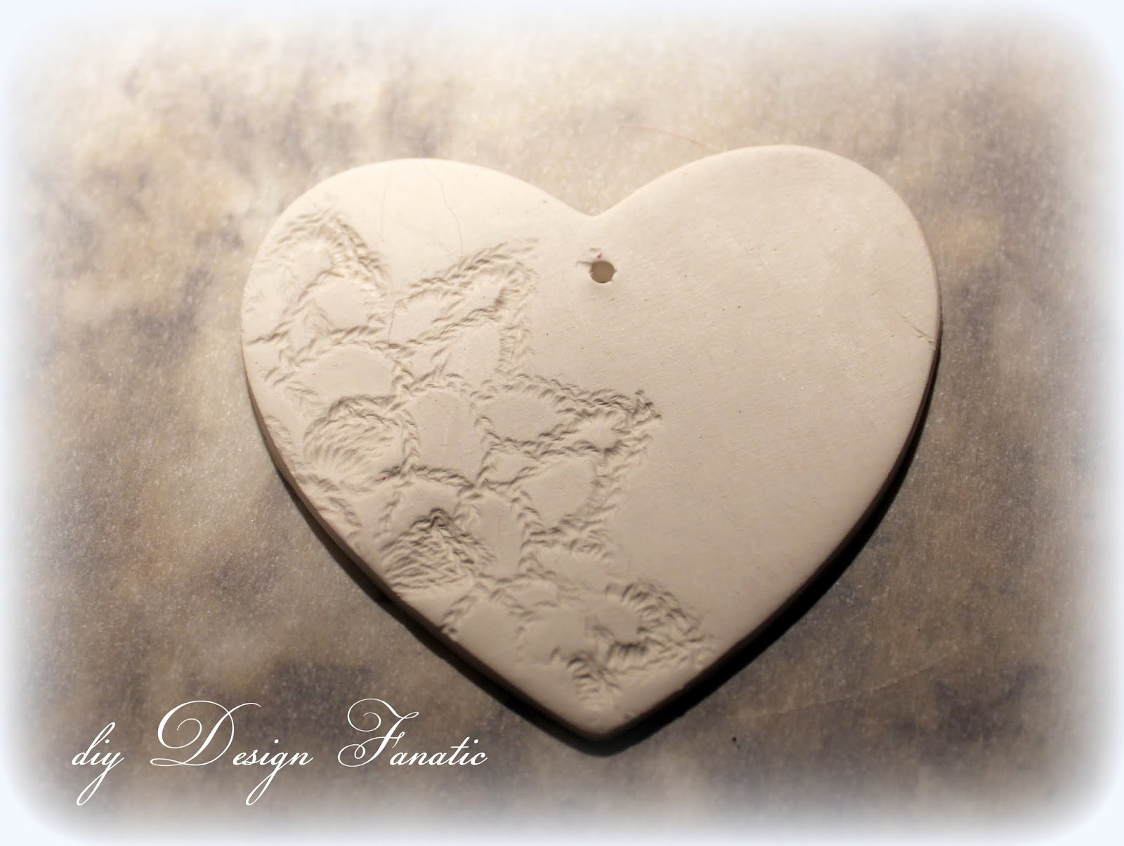 Diy design fanatic cute and easy clay hearts for Cute things to make out of clay