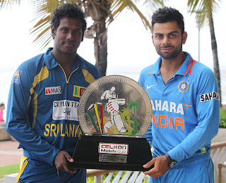 Angelo-Mathews-Virat-Kohli-Final-India-vs-Srilanka-Tri-Series-2013