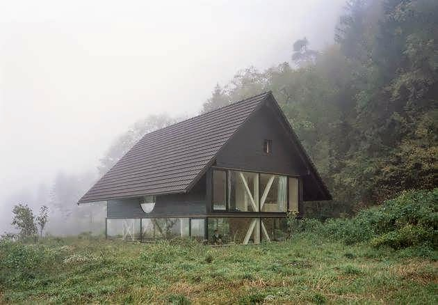 A Simple Barn Shaped House Design In Blasthal Switzerland