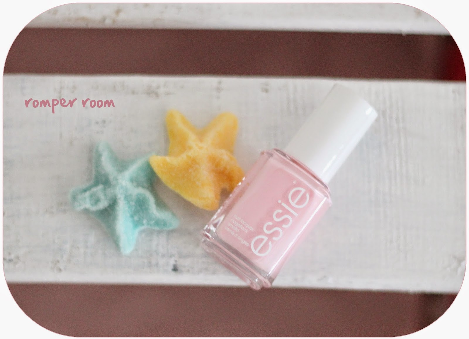 photo-essie-nails-uñas-coleccion-primavera_2014-romper-room