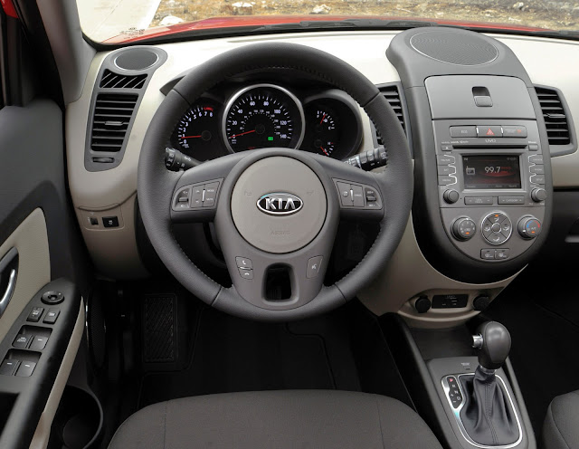 Interior view of the 2013 Kia Soul