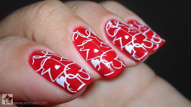 Esmalte Seta Vermelha + Carimbo de Corações