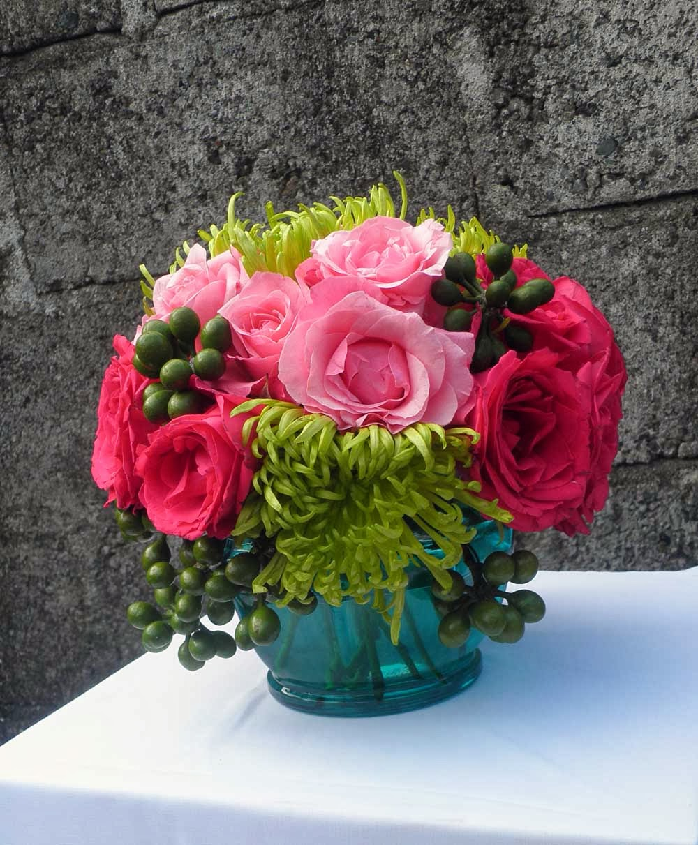 turquoise vase-hot pink rose, pink rose and green spider mums