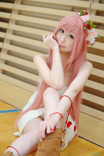 Chii Cosplay as Megurine Luka from Vocaloid