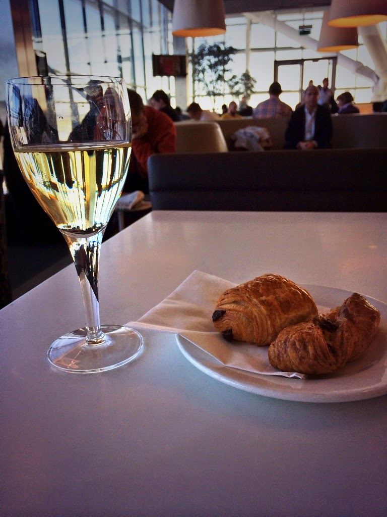 British Airways Terminal 5 Lounge breakfast with croissant and wine :)