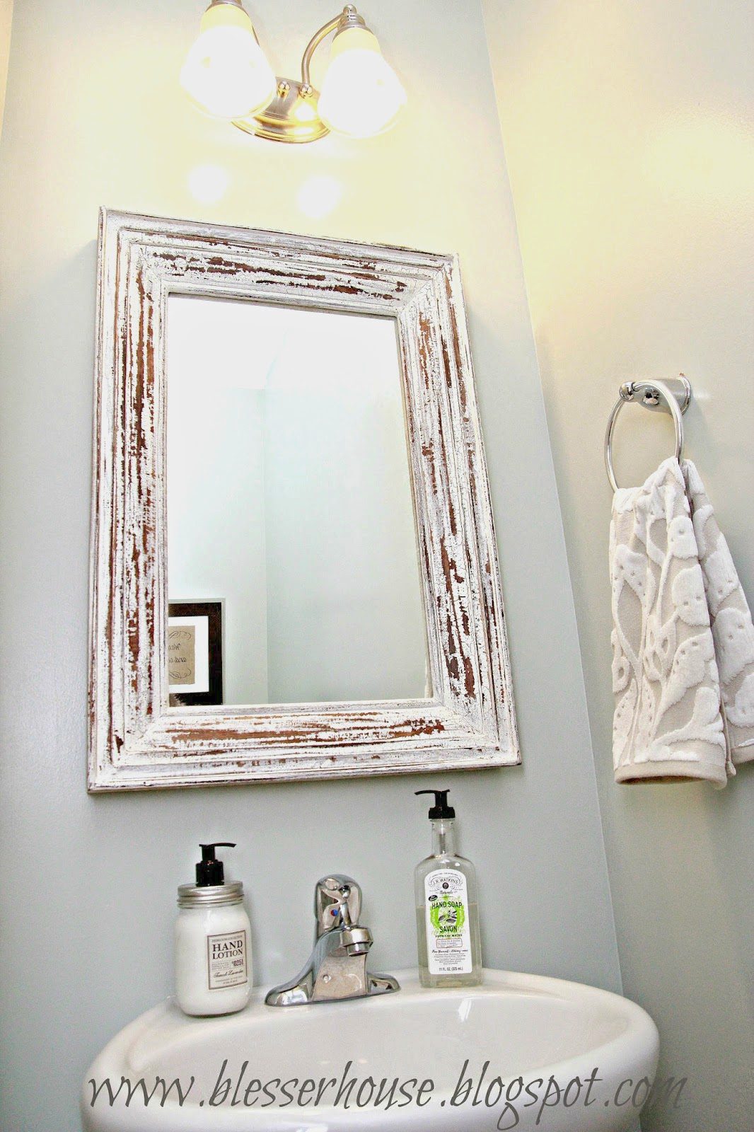 thing, check out this awesome distressed chippy-painted white mirror ...