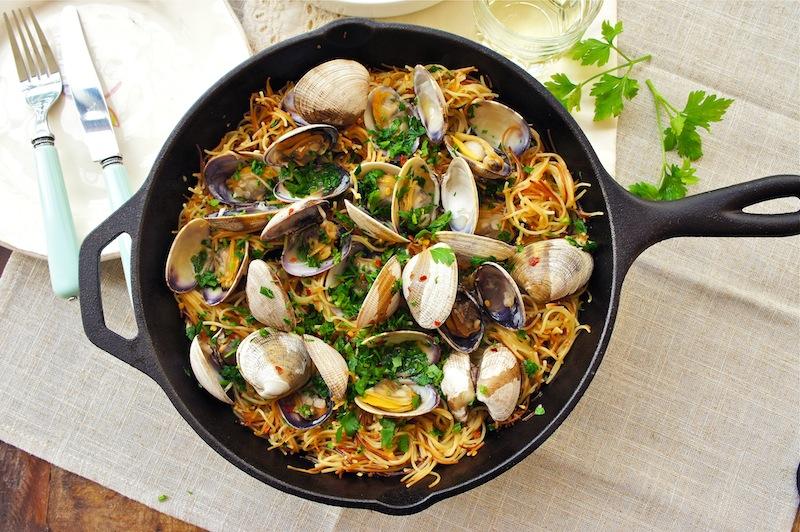 Seasaltwithfood espaguetis con almejas spaghetti and - Espaguetis con almejas ...