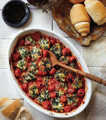 Spinach and ricotta gnocchi baked with cherry tomatoes recipe - All in ...