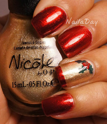NailaDay: Nanacoco Irresistible Charm Holly-Day Mani