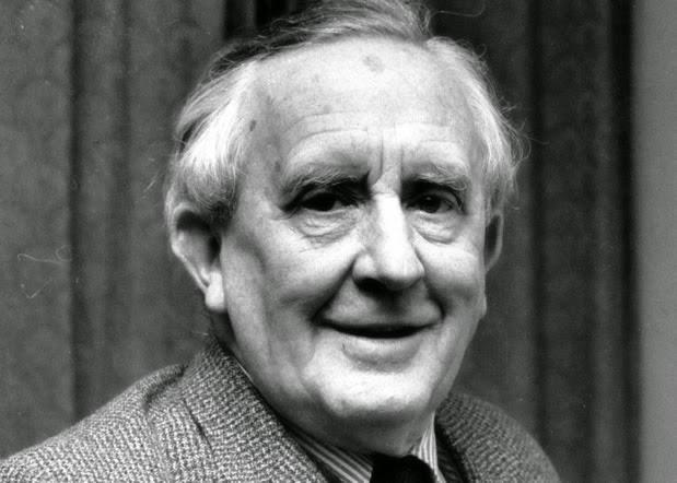 J.R.R Tolkien (John Ronald Reuel Tolkien)