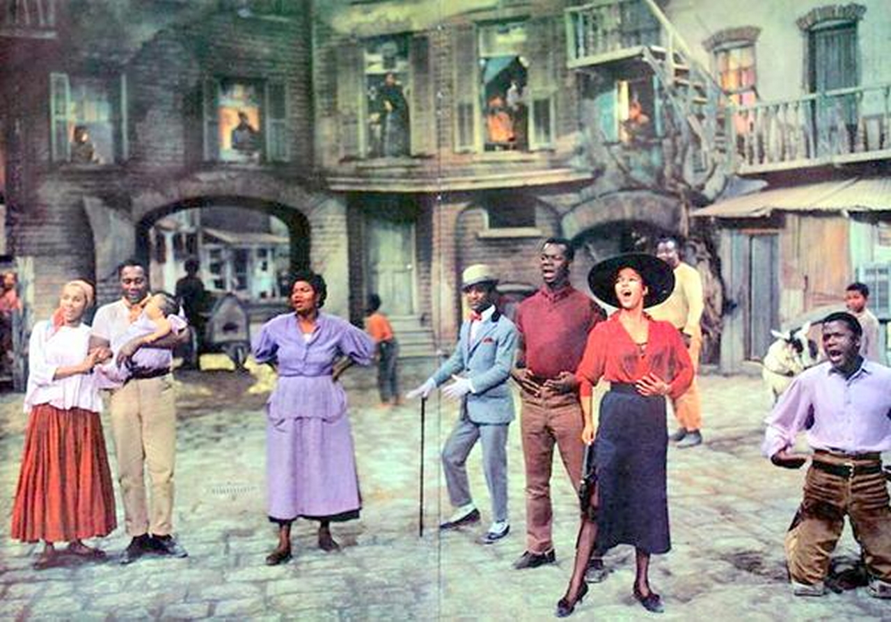 porgy and bess The hungarian state opera's new staging of the 1935 opera porgy and bess  begs the question as to just how far artistic freedom can go.