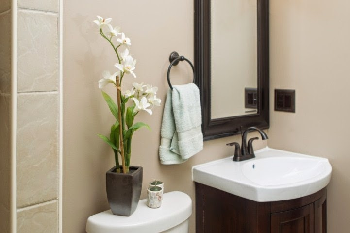 wall painting ideas for small apartments bathrooms