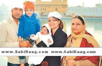 Gippy Grewal With His Family - Pic 2012