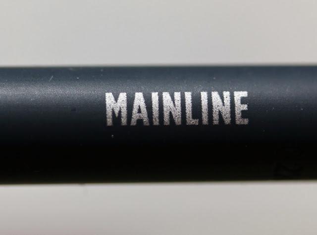 Urban Decay 24/7 Glide-On Eye Pencil in Mainline