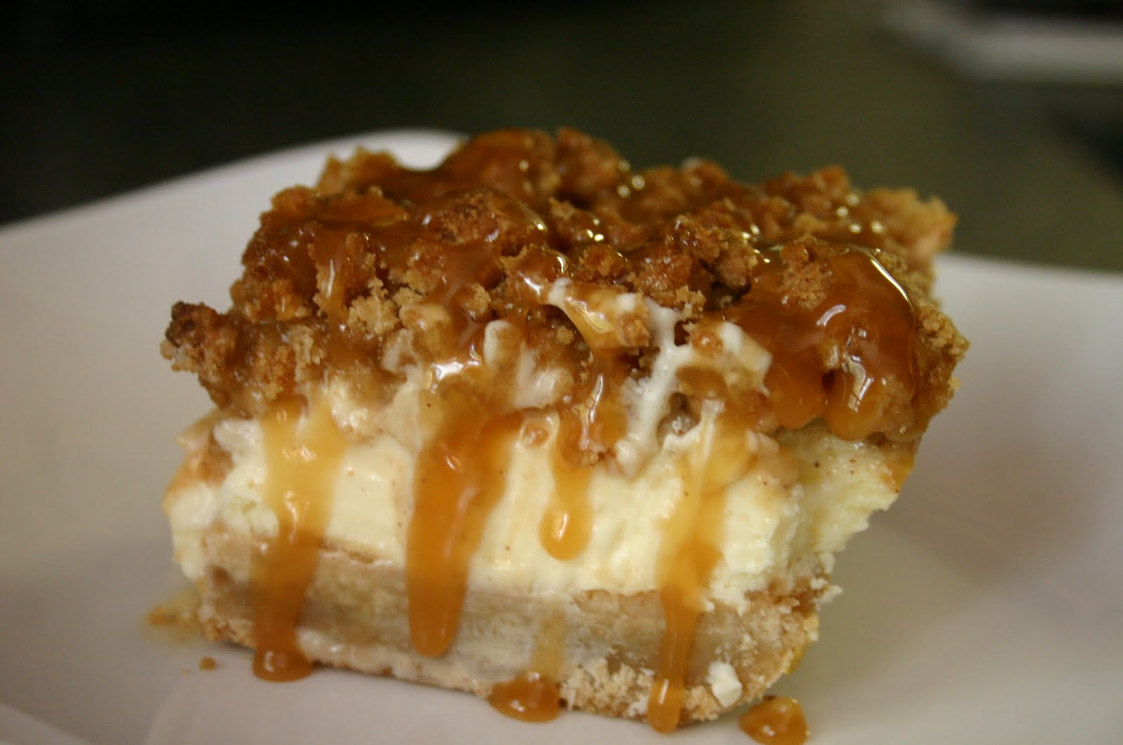 WOOL AND WATER: Caramel Apple Cheesecake Bars....